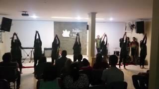 Rompendo Elaine Martins, coreografia Fonte da Vida