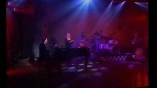 Sam Brown & Jools Holland - Take These Chains (Live)