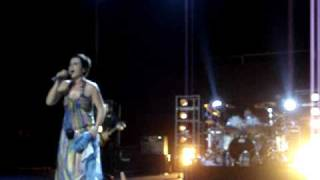The Cranberries - Dreams (Live Buenos Aires - Argentina).MPG