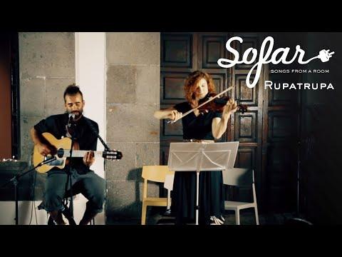 A Susurros Suaves de Rupatrupa Letra y Video