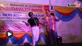 Anwar menari, nyanyi lagu Tamil curi tumpuan hadirin