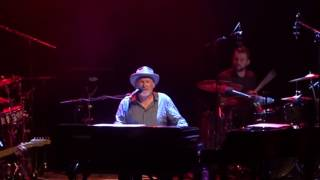 Paul Carrack - Tempted (live)