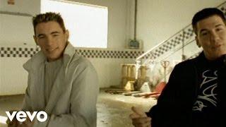 Andy & Lucas - Hasta Los Huesos (Videoclip)
