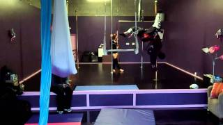 Benjamin Cameron Hunt @ Pole Addiction - 09 - Butterfly in pants