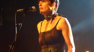 """Ambrosia Parsley """"Goodnight moon"""" live @ Le Divan du Monde Paris 31/10/2013"""