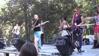 THE YELLOW MELODIES - Estuve enamorado (directo! Sonorama) (16-8-2014)