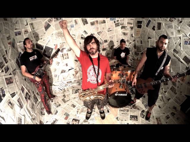 """Videoclip oficial de """"Hipotekt"""", canción extraída de su tercer disco, """"Otra vuelta de tuerka""""."""
