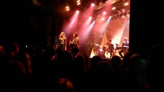 "First Aid kit USF Bergen Emmylou ""Bergen audence is singing along"""