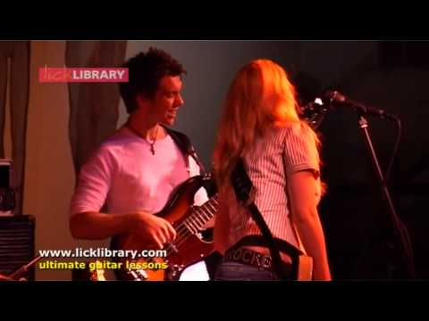 joanne-shaw-taylor-piece-of-the-sky-performance-licklibrary-licklibrary-online-guitar-lessons