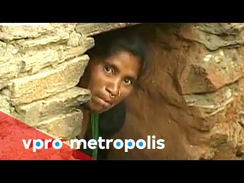 Menstruating in a chaupadi hut in Nepal – vpro Metropolis