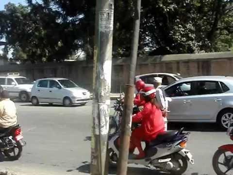 NEPAL – KATHMANDU TRAFFIC (2)