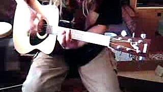 Yamaha F310 Acoustic Guitar ● Demo Bronze Strings. Logitech C200 Webcam.