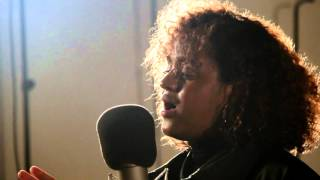 """Seinabo Sey performs """"Pretend"""" (Live on Sound Opinions)"""