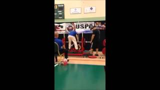 April Shumaker opens  with 90 kilo raw bench - Smoke on the bench!