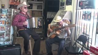 Don Ramiro Cavazos Y Cheyo Salinas