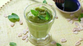 Smoothie de abacate e chá verde