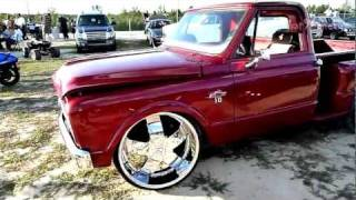 67 Chevy C-10 StepSide Truck on 26's - HD