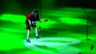AC/DC - Dirty Deeds Done Dirt Cheap (September 15th 2015 Chicago)