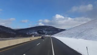 Winter weather driving tips and tricks for truck drivers