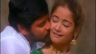 உன் கனிந்த மார்பில் இடுக்கில | Super Love Whatsapp Status Video Tamil | When You Breath | Heartbeat width=