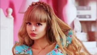 जीती-जागती बॉबी डॉल की दुश्मन बनी खूबसूरती, घर में हो गई है कैद Russian Barbie Girl