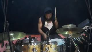 AMAKA(DRUM COVER VERSION)by Tuface x peruzzi...It's just a vibe🕺please use🎧enjoy 🥁🥁🥁
