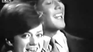 Chanson - Pavone Rita et Anka Paul - Kiddy, Kiddy Kiss Me (1964)