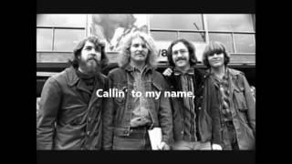 Creedence Clearwater Revival - Run through the jungle   1970  LYRICS