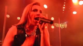 Dzeta cover Halestorm, Rock Show