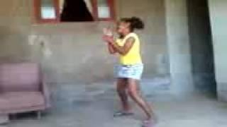 Eu dançando quando era menor.  #MICOTOTAL(1)