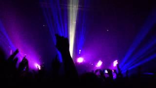 "Skrillex feat. KillaGraham & Sam Dew - ""STRANGER"" @ The Regency Ballroom - San Francisco [1080p]"