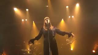 """Clara Luciani  """" La Grenade """" à File 7 le 01/12/2018"""