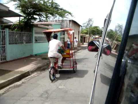 Nicaragua Mission Trip 2010: Visiting our Colegio Bautista Folks
