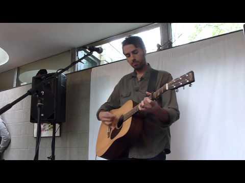 ari-hest-erica-live-living-room-concert-den-bosch-nl-06042014-sanne2208