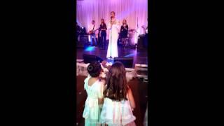 Цеца Величкович пее на сватбата на Жоро Найлона