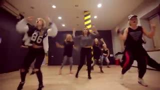 Puff Daddy, The Family feat. Pharell Williams - Finna Get Loose choreography