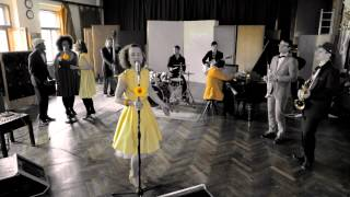 Lena Yellow: Fever (Official Videoclip)