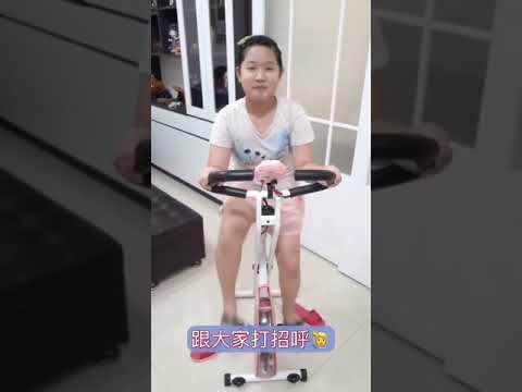 小昀的居家運動 - YouTube