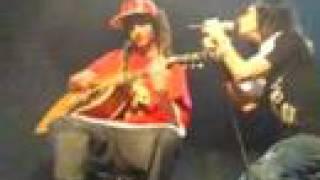 In die nacht Tokio Hotel concert Nice 28/10 Tom Bill kick