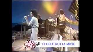 Gino Vannelli People  gotta move (1975)