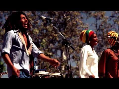Africa United Espanol de Bob Marley Letra y Video