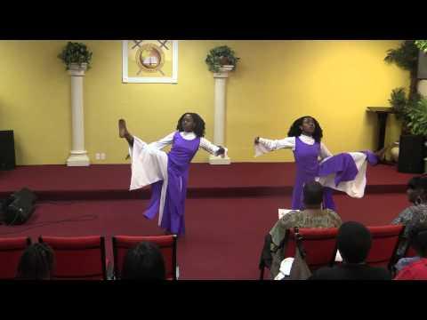 william-murphy-amazing-god-liturgical-dance-yourbestlyfe