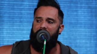 skillet feel invincible acoustic