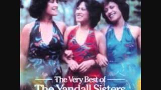 The Yandall Sisters - Leilani La'u Fuala 'au (Sweet Leilani)