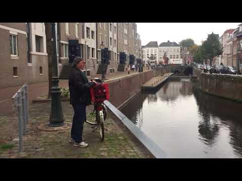 Video op YouTube: Opera in de Brede Haven in Den Bosch