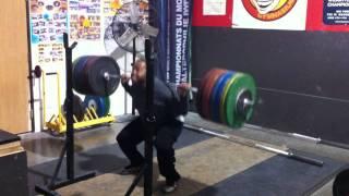 260kg Squat - 2.7x bodyweight, RAW (573 pounds)
