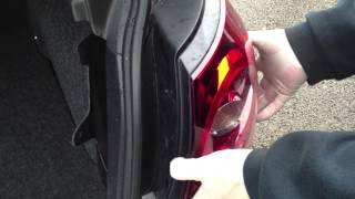 VW Golf Mk5 rear bulb change (or lamp unit)
