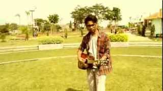 James Blunt - You're Beautiful (Guitalele Cover) By Luthfi Hinelo