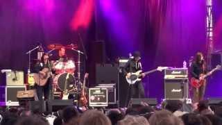 The Breeders performing Last Splash - Cannonball (Live @ Optimus Primavera Sound - Porto) 30-05-2013