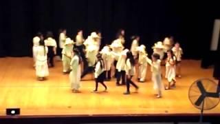 Hayt Elementary school baile de viejitos de Michoacán.